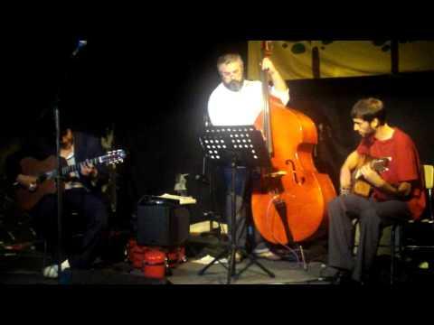 "Groovefest Spring 2009 - Ivan Pena Trio performs ""Charleston"""