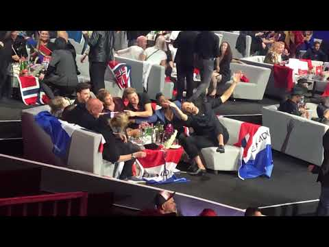 ESC 2019 - Team Duncan's reaction to Australian song - Zero Gravity
