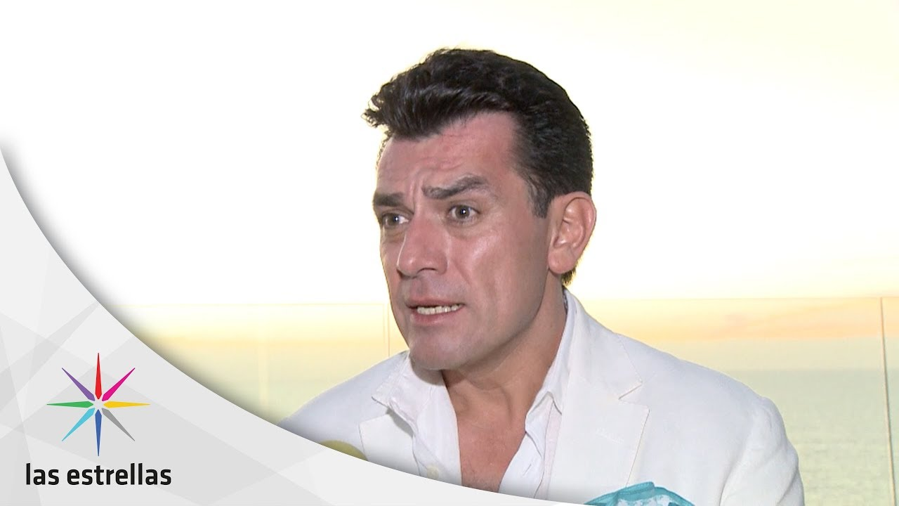 """jorge salinas dating history Jorge salinas, the actor best known for his roles in la que no podía amar or the other family, has been dubbed """"the sexiest actor alive"""" by glamour's magazine in its october 2018 issue out this week for the second year in a row, our gorgeous hottie beat out some other equally hot men for the number one spot."""