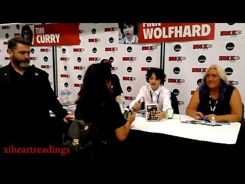MEETING FINN WOLFHARD || FAN EXPO CANADA 2017 || STRANGER THINGS