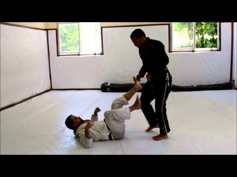 Marcio André destrincha passagem de guarda De La Riva no Jiu-Jitsu