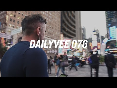 BE COMFORTABLE WITH YOURSELF | DailyVee 076