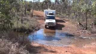 Gibb river road - Landcruiser 76 series towing a Jayco Expanda acroos the Gibb River road