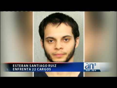 Esteban Santiago se presenta en corte para enfrentar 22 cargos - América TeVé
