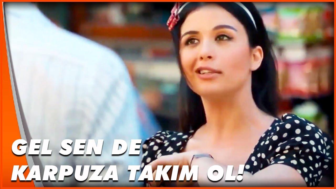 Senin Sattigin Karpuzun Yaninda Yatarim Sevkat Yerimdar Turk Komedi Filmi Youtube