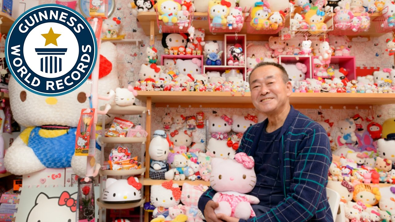 df2a4ac37 Largest collection of Hello Kitty memorabilia - Japan Tour - YouTube