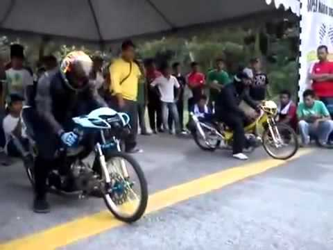 Drag Bike Honda Supra Fit Bore Up Vs Jupiter  Bore Up