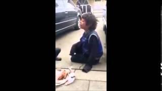 Sokak Çocuğu Barış'tan Muhteşem Türkü