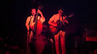 Two Man Gentlemen Band — Pork Chops, I Like To Party With Girls