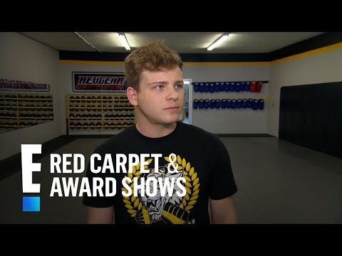 Jonathan Lipnicki's Battle With Anxiety and Depression | E! Live from the Red Carpet