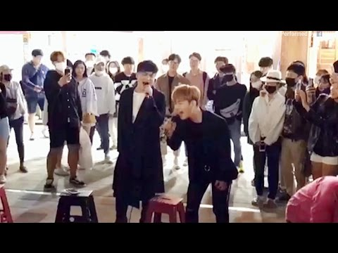Pemain Jalanan Bocah Mendapat Kejutan Besar Ketika Penyanyi Asli Bergabung [Teks Indonesia]