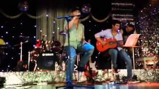 Tình yêu còn xa - Jimmii Nguyễn (tập hát ở Opera - bản mobile)