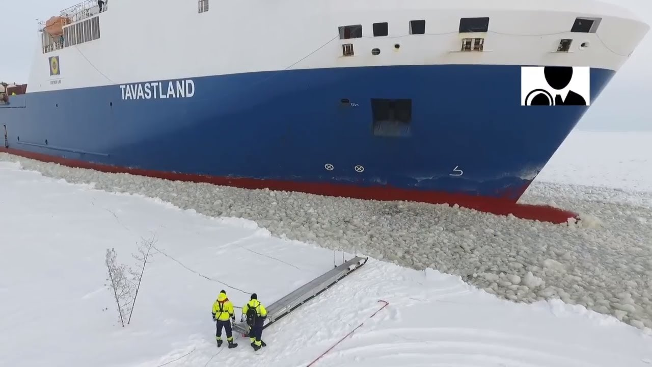 Pilot Steps Onto Moving Ship Occurred On April 2 2018