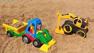 Играем с Трактором и Экскаватором в песочнице Видео для детей