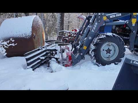 Belarus MTZ-82 Front Loader with DIY Homemade Snow Plow
