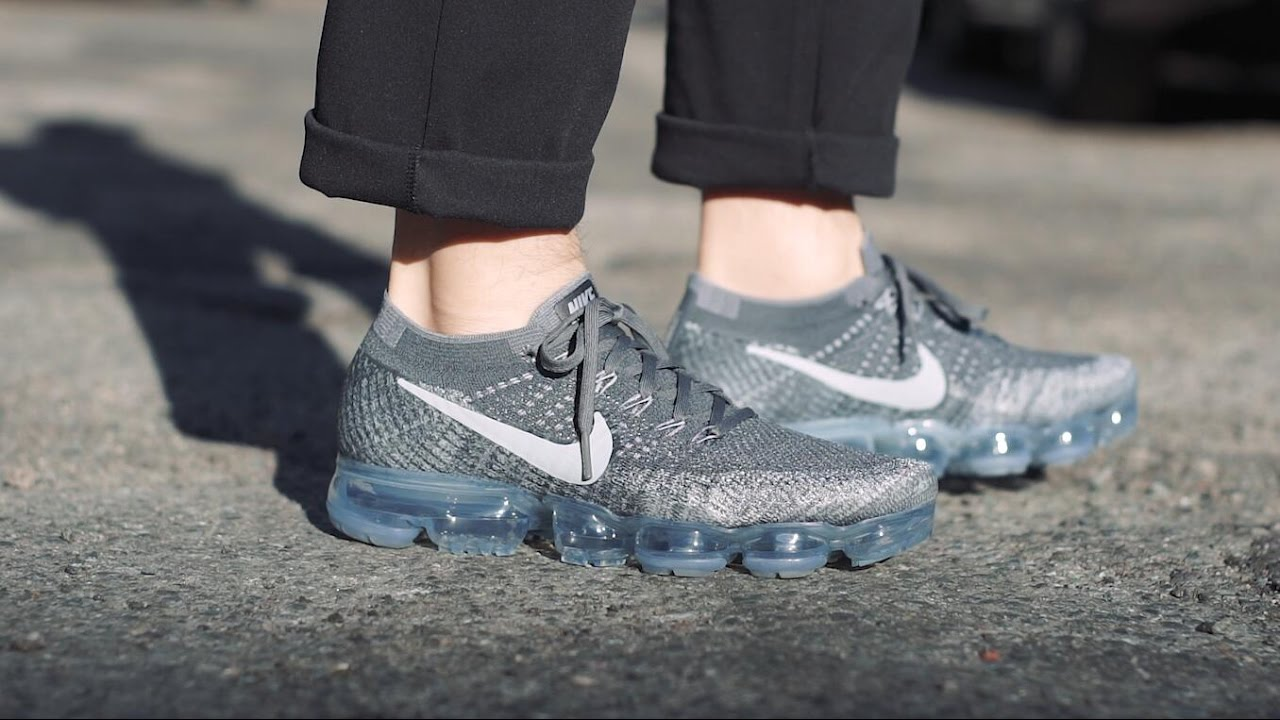nike vapormax asphalt on feet