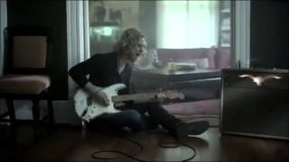Casey James - Crying On A Suitcase Chipmunk version