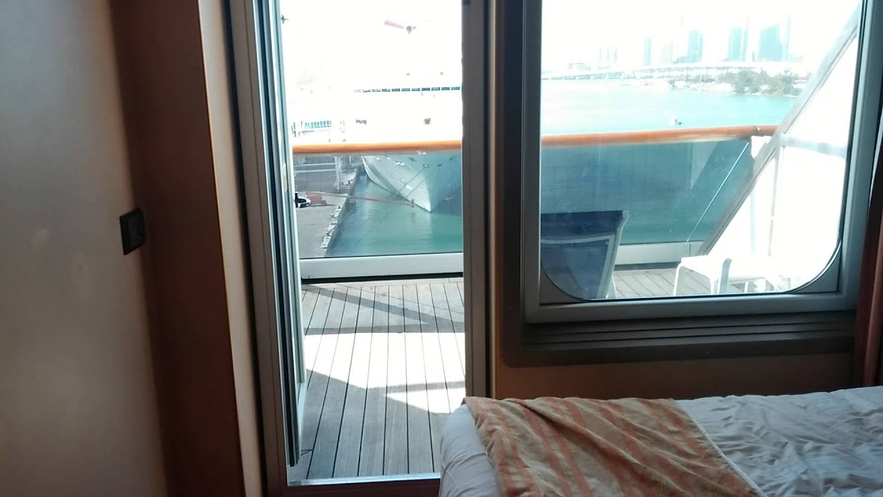 Carnival victory cabin 8435 december 2014 aft balcony for Balcony translate