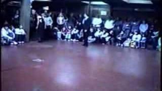 bailando ella es asi