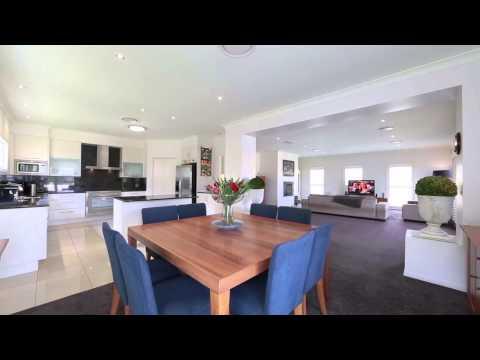 94 Buena Vista Avenue Coorparoo 4151 QLD by Roger Carr