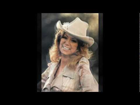 ♥ ♫ ♪ Dottie West: A Lesson In Leavin' HQ ♥ ♫ ♪