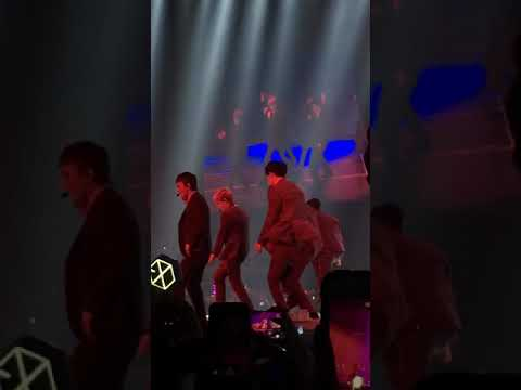 180303 EXO The ElyXiOn in Singapore - LOTTO
