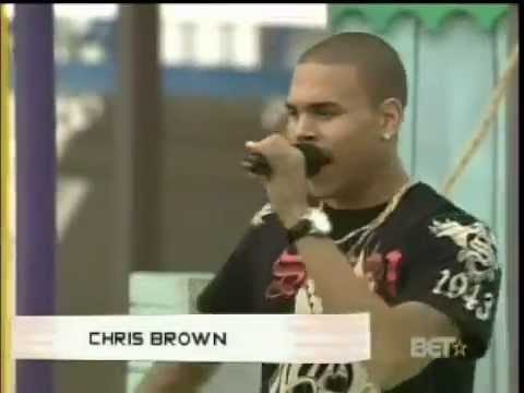 Chris Brown Doin the Aunt Jackie!
