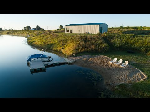 Fishing & Waterfowl Hunting Property With A Luxurious Lodge (97 Acres For Sale - Knox County, IL)
