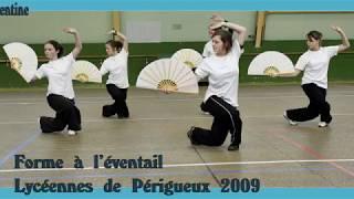 Forme à l'éventail par des lycéennes de Périgueux, Classe de Jean-Jacques Sagot. (2009)