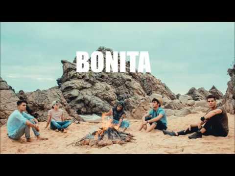 CNCO - Bonita Letra English