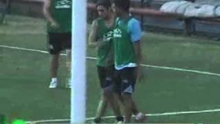 Teófilo Gutiérrez pelea con compañero durante practica del Racing