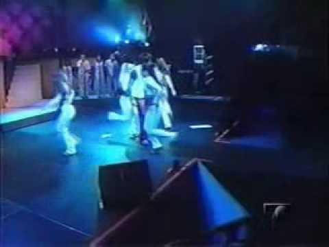luis fonsi - dejame o dame amor (live eterno concert 2001).wmv