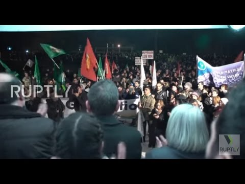 Cyprus: Thousands of Greek and Turkish Cypriots rally for island's reunification