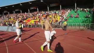 "Одна команда проиграла 0:3. Фанаты кричали ""Молодцы!"""