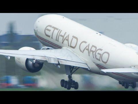 20 DEPARTURES at Amsterdam Schiphol - Boeing 777, Boeing 747 ... (4k)
