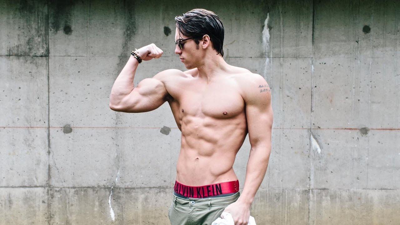 guys with muscles more attractive