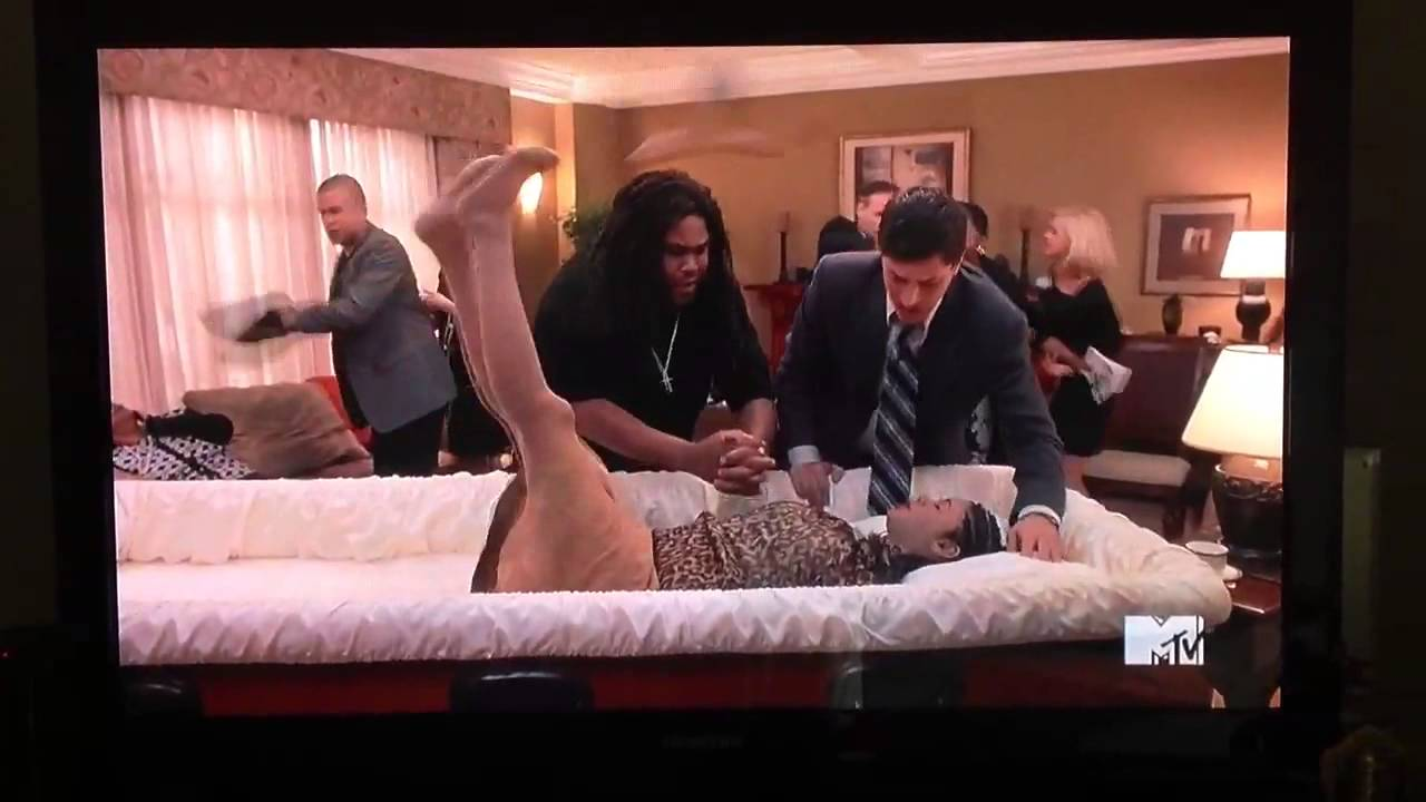 The funniest funeral - YouTube