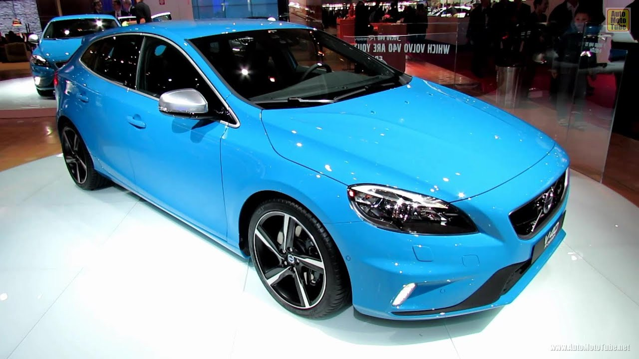 2013 volvo v40 t5 r design exterior and interior walkaround 2012 paris auto show youtube. Black Bedroom Furniture Sets. Home Design Ideas