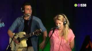 Nielson en Miss Montreal - Hoe   Live bij Evers Staat Op