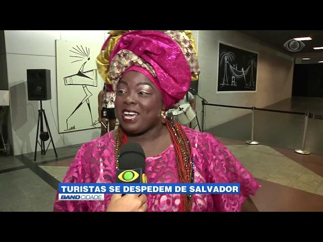 Band Cidade - Turistas se despedem de Salvador após o carnaval