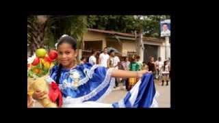Desfile De Escuelas Y Colegios Semana Civica 2013 Olanchito