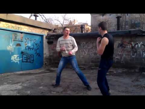 Драки  на  дороге.Бокс против кикбоксинга.Кто прав?