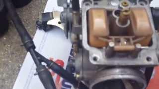 piaggioX9 250 (motore honda)SOSTITUZIONE GALLEGGIANTE E SPILLO