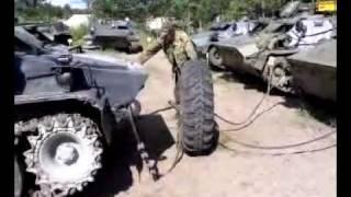 военный шиномонтаж.mp4