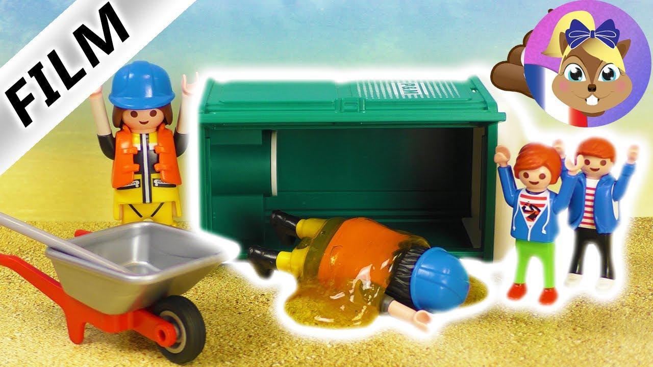 film playmobil en fran ais faire tomber un toilette de chantier grosse b tise sur le. Black Bedroom Furniture Sets. Home Design Ideas