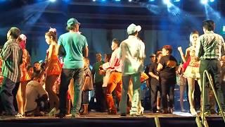 【Phetchaburi Dance】#รำวงเพชรบุรี❤★รักคนยิ้มแป้น❤♥คนเผาถ่าน❤♥ฟังข่าวทิดแก้ว❤☀♡★*learn thai