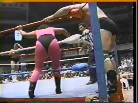 WWC: Eric Embry & The Crusher Rip Morgan vs. Miguel Pérez Jr. & Huracán Castillo Jr. 1986