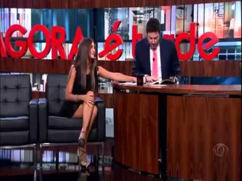 Agora è Tarde   0803_2013   Danilo Gentili entrevista a Virgem Catarina Migliorini