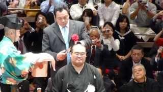 クライマックス近し!ご家族、横綱白鵬や曙、九重親方に東関親方らによる断髪(平成25年10月6日、高見盛断髪式 Takamisakari retirement ceremony)