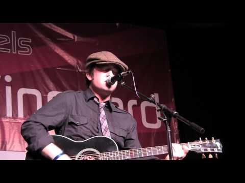 Live In The Vineyard: Tonic - Live Performance of